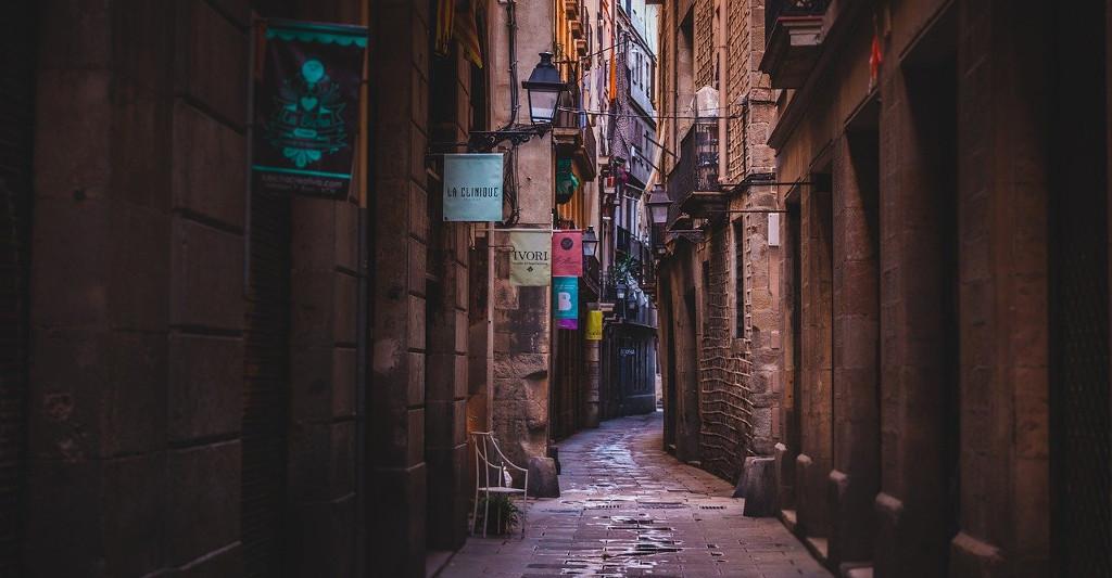 Cataluña: nueva deducción en la cuota del IRPF y aplazamientos en el impuesto sobre las estancias en establecimientos turísticos
