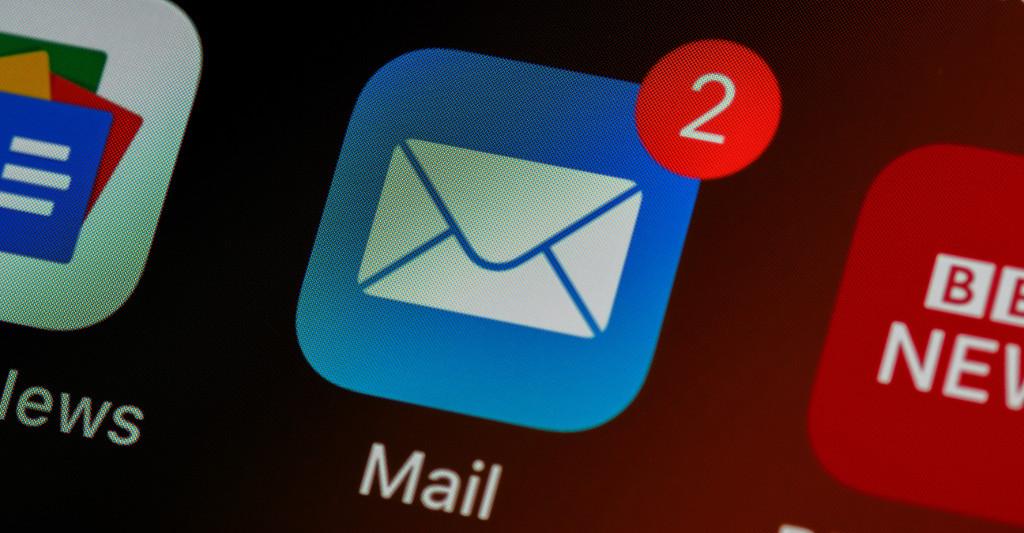 Aportar el correo electrónico del avalista es requisito imprescindible para la inscripción del préstamo en el Registro