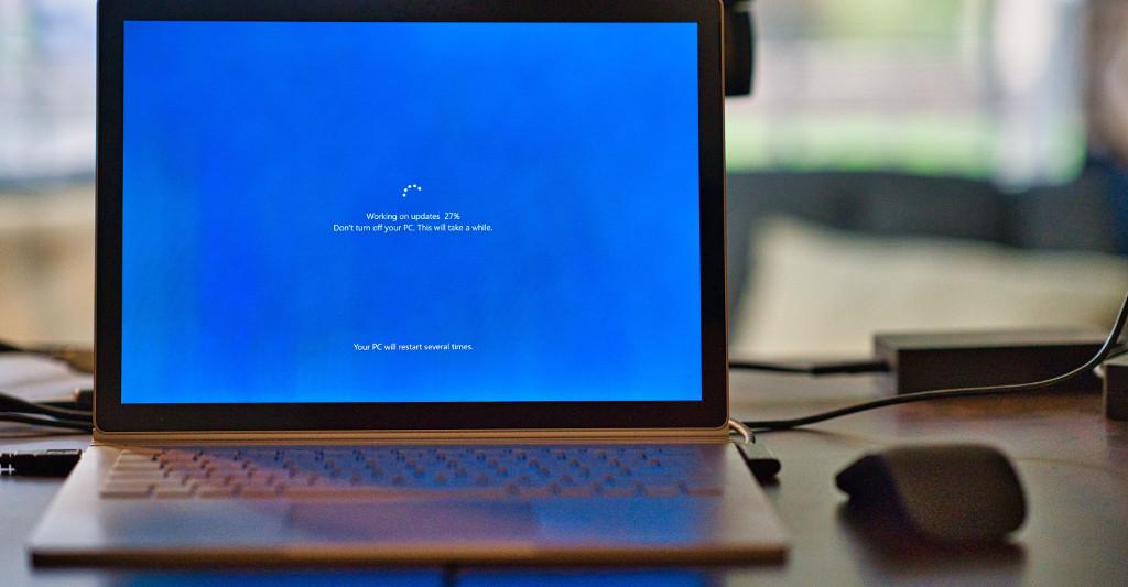 La Justicia reconoce que una opositora sufrió desventaja por una actualización de Windows
