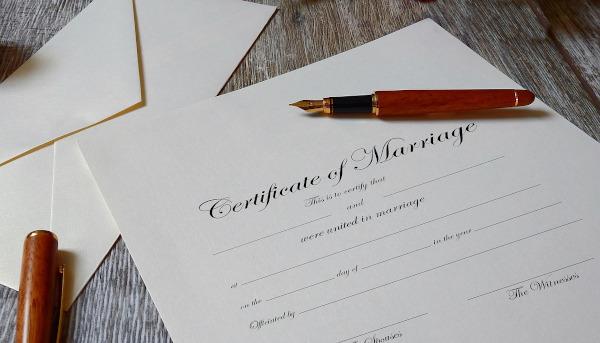 Condenados por elaborar un expediente matrimonial canónico falso para que la pareja de hecho pudiera heredar