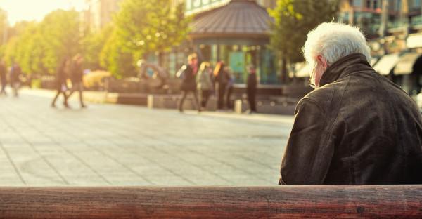 La Administración no puede negar una pensión mejorada por un día de huelga si se cotizó de más