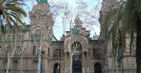La Audiencia de Barcelona condena a penas de hasta 31 años de prisión a tres de los cuatro procesados por agresión sexual múltiple en Sabadell