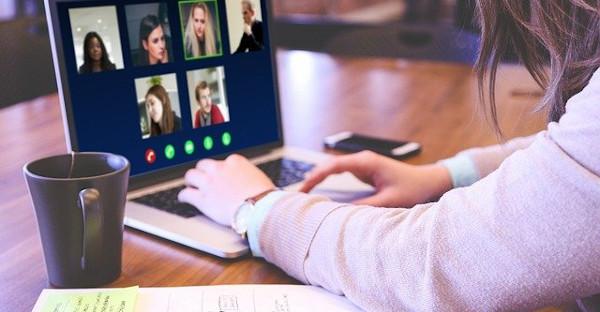España activa un sistema de videollamadas para abogados e internos