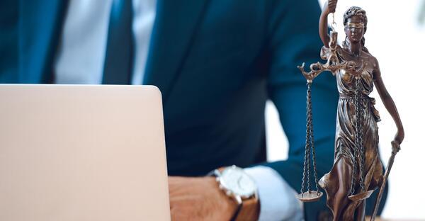 Programa de especialización Procedimiento administrativo. Visión práctica desde los pronunciamientos de los Tribunales