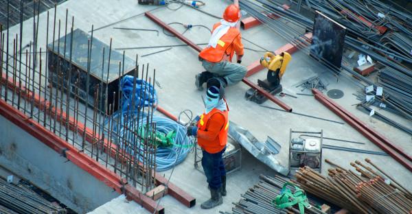Un contratista será indemnizado por la sustracción de material de una obra ya entregada y en garantía