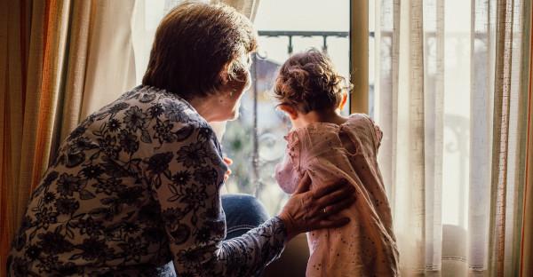 La Justicia otorga la custodia de un niño a sus abuelos y ordena a los padres a pasar una pensión