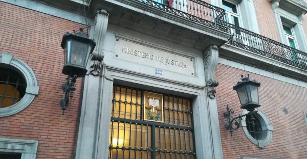 Abogacía Española rechaza la incorporación de los graduados sociales al sistema de Asistencia Jurídica Gratuita