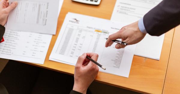 Título ejecutivo: la primera copia en sentido cronológico frente a la primera copia con fuerza ejecutiva
