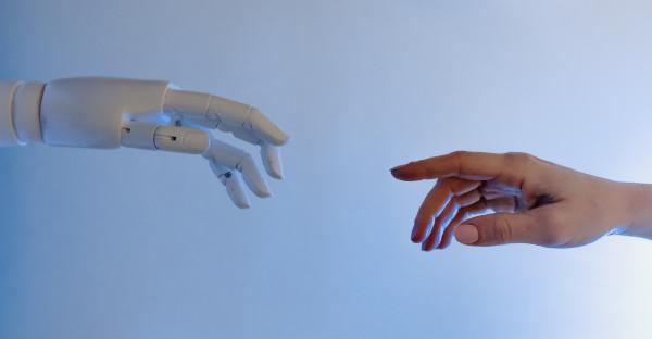 E-personalidad y derecho de los robots