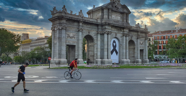 Un juzgado de Madrid anula una multa de 601 euros impuesta a una joven por saltarse las restricciones durante el estado de alarma
