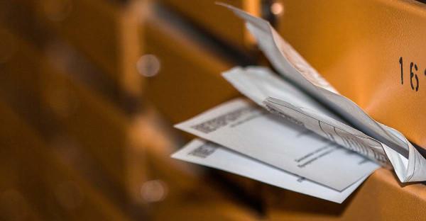 Las notificaciones de apremio y embargo por carta deben respetar la intimidad del receptor