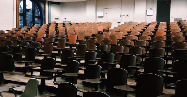 La presencia del Derecho Inmobiliario Registral en los planes de estudio de las Facultades de Derecho y la formación de los Registradores de la Propiedad