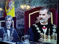Su Majestad el Rey Felipe VI y el presidente del TS y el CGPJ a su izquierda durante al acto de apertura del año judicial.